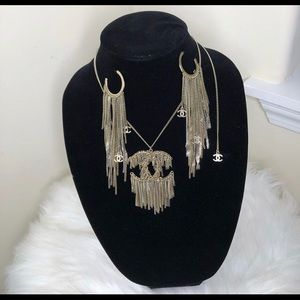 Chanel earrings and Necklace set!